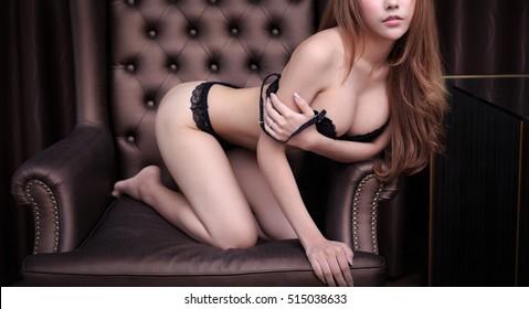Asian Erotic Models photo 10