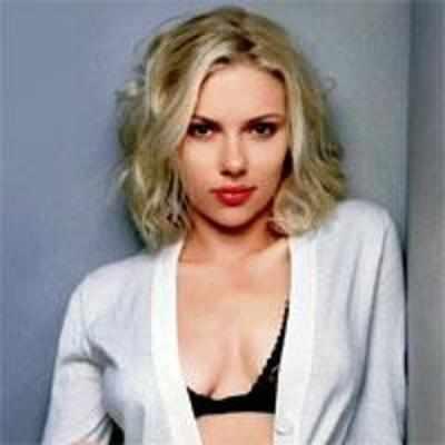 Has Scarlett Johansson Been Naked photo 4