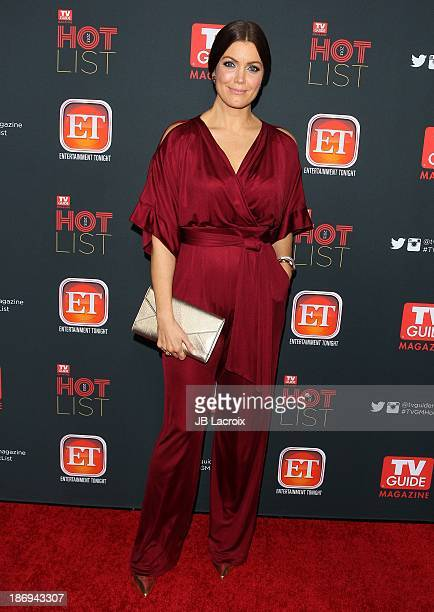 Bellamy Young Sexy photo 25
