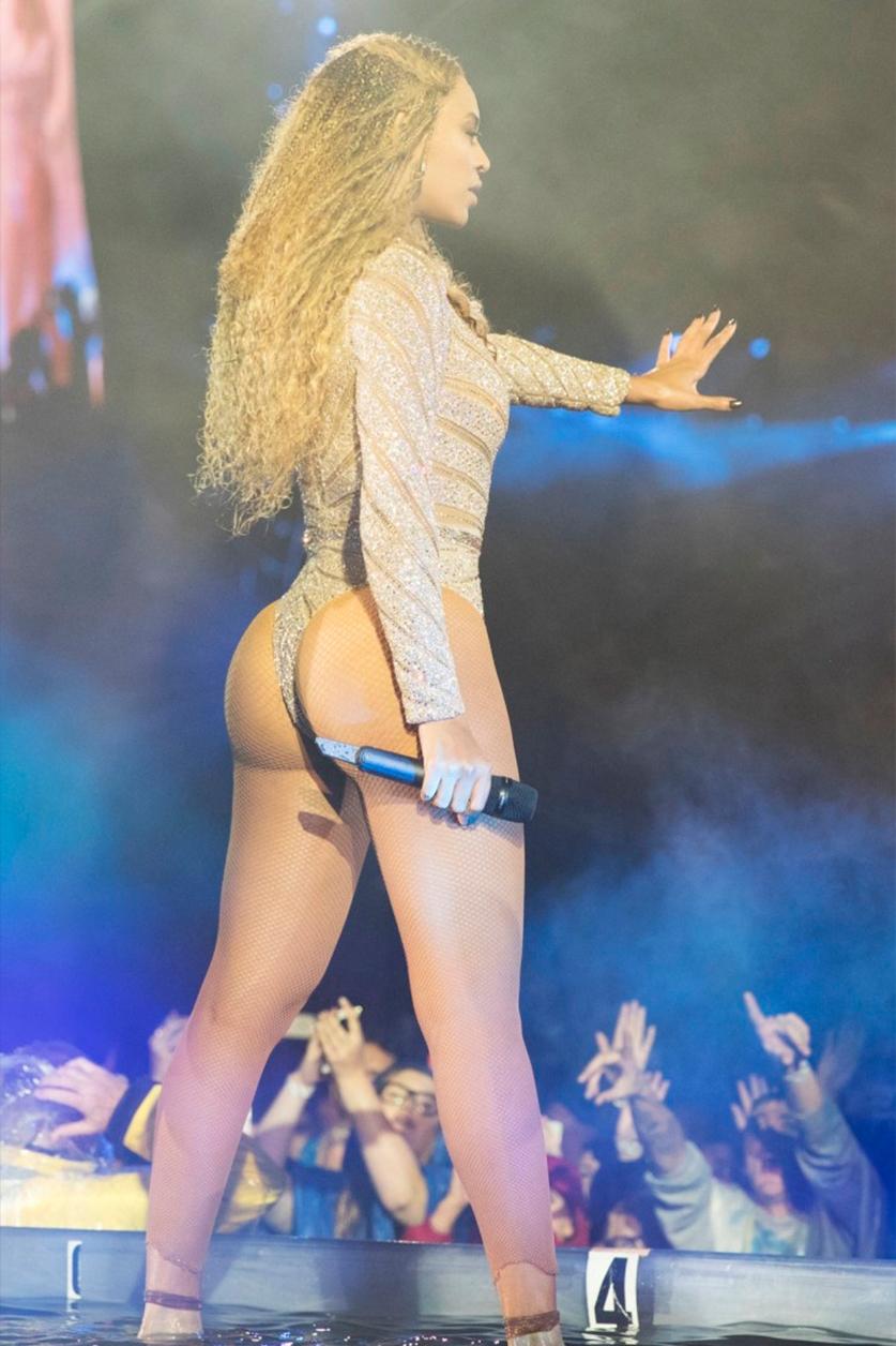 Beyonce Bikini Butt photo 20