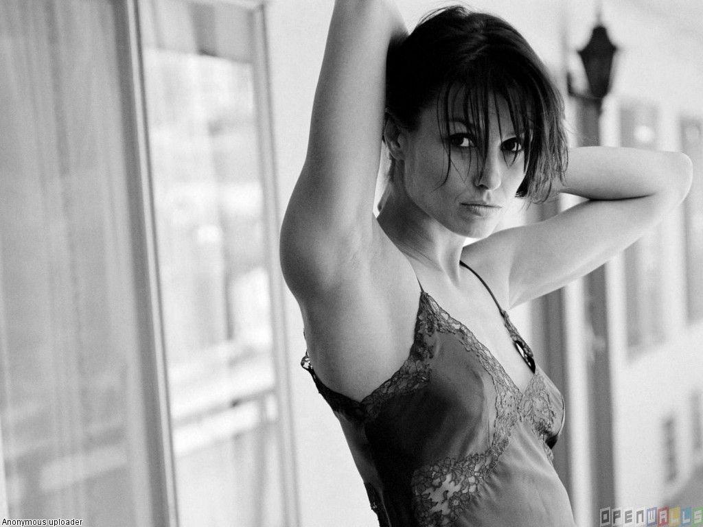 Bridget Moynahan Breasts photo 22