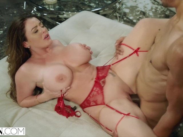 Sophie Dee New Porn photo 20