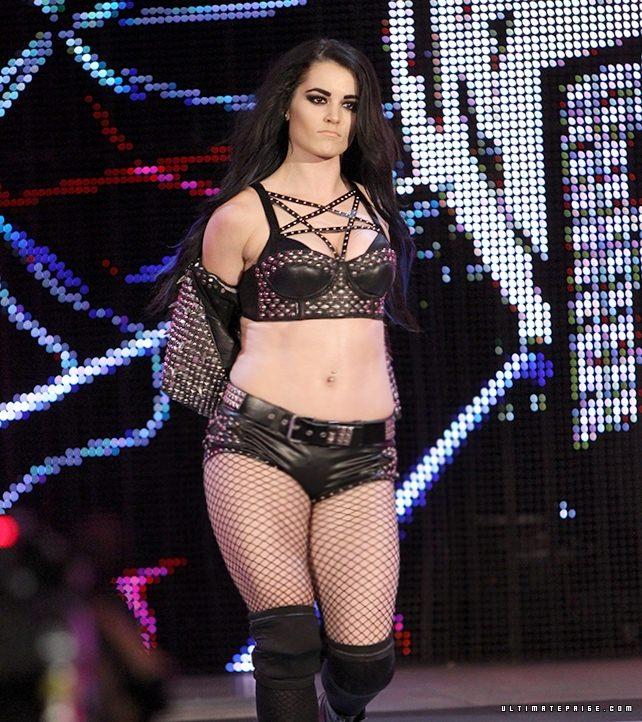 Wwe Paige Blowjob photo 6