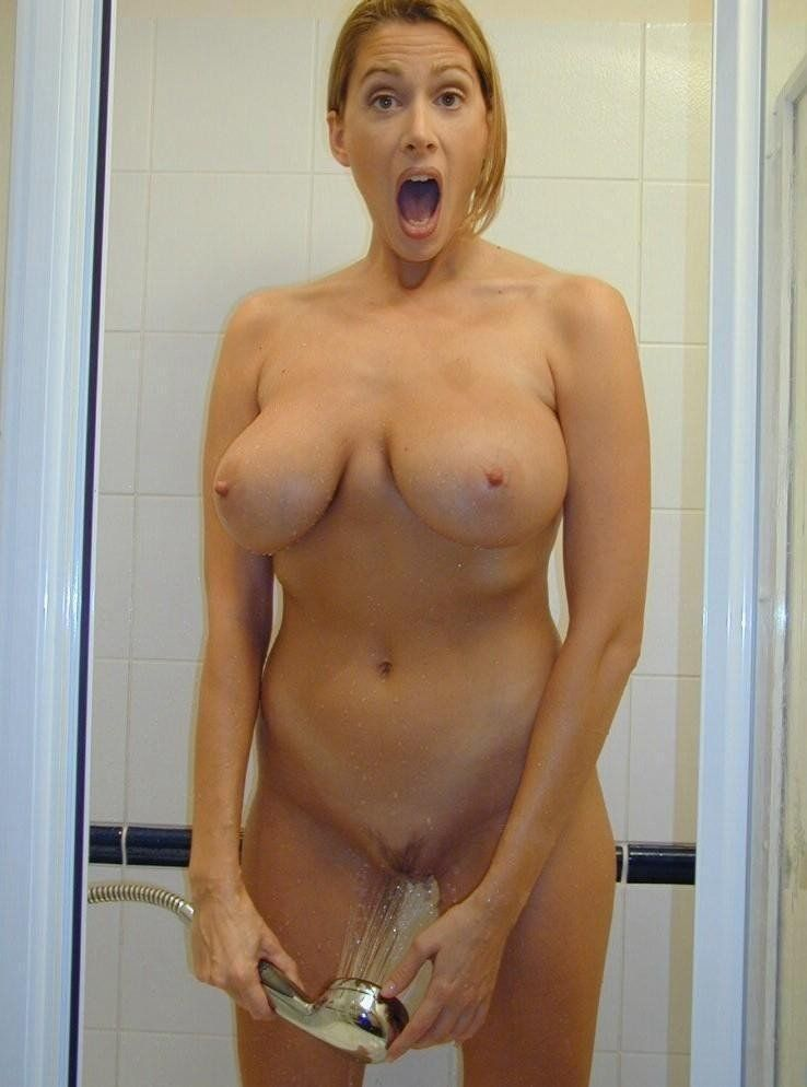 Caught Naked Photos photo 2