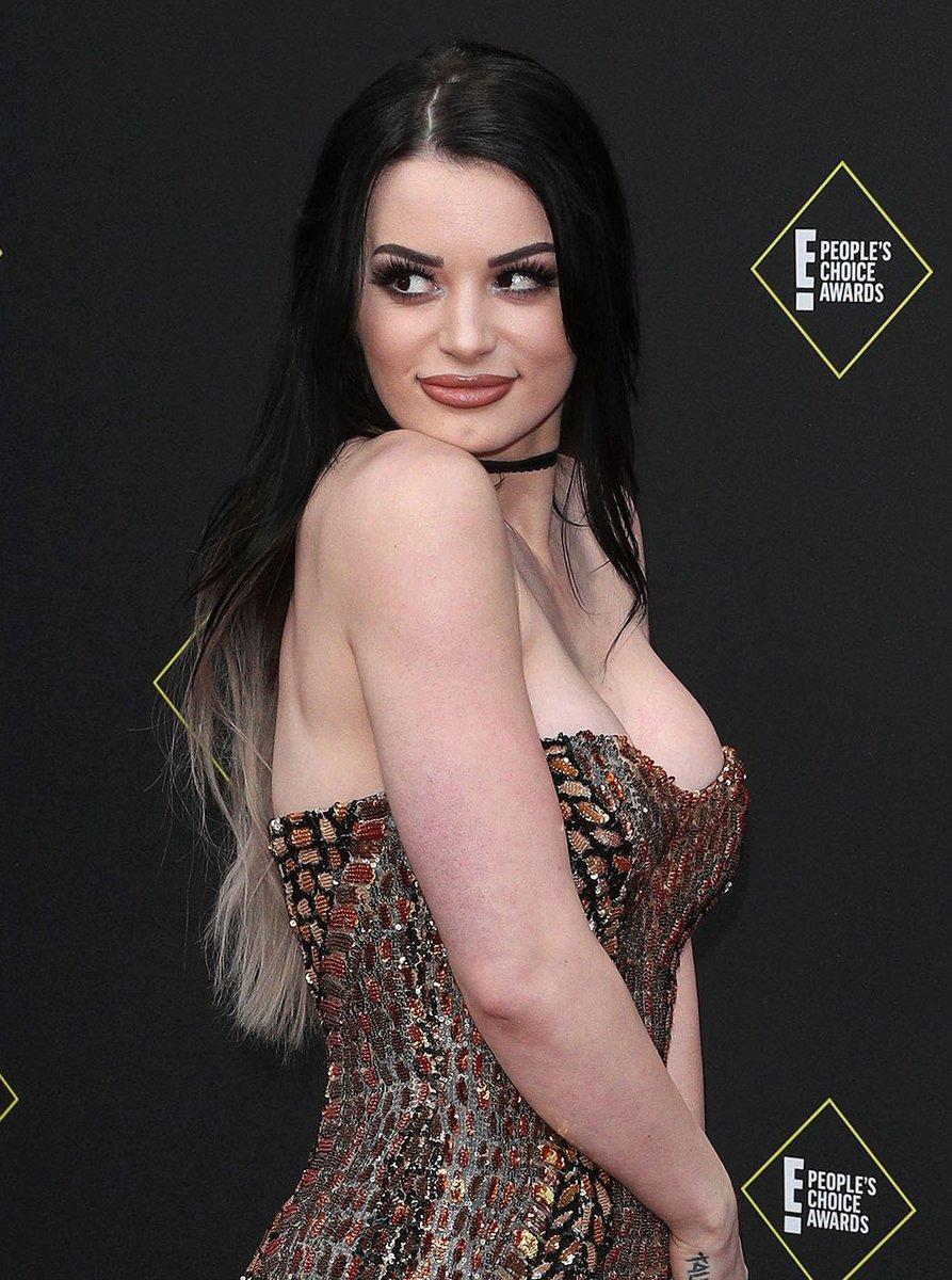 Wwe Paige Blowjob photo 28