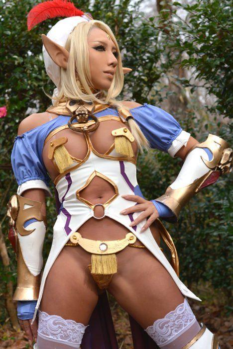 Naked Elf Cosplay photo 4
