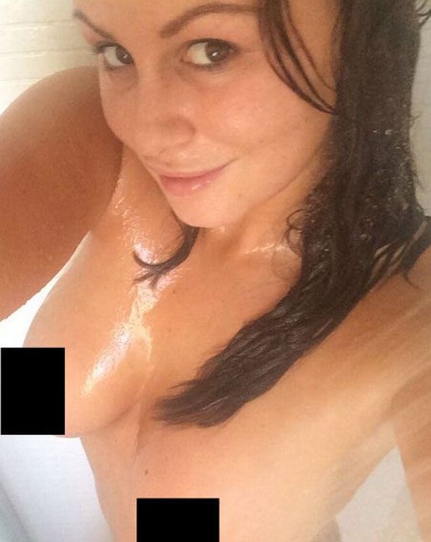Channele Naked photo 2