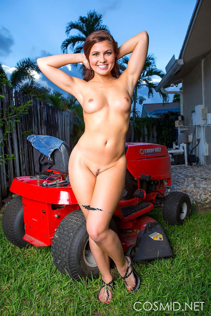 Cosmid Forum Nude photo 13