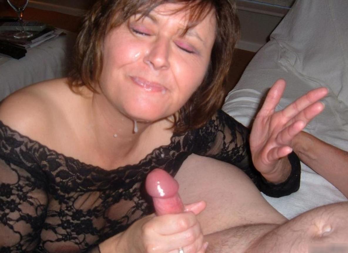 Cum Slut Milf photo 14