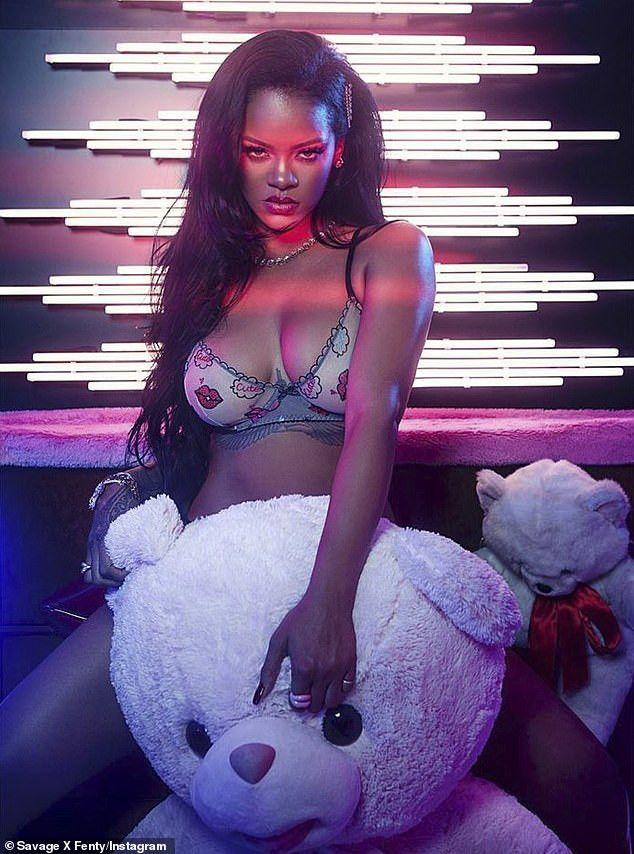 Rihanna Sexy Photoshoot photo 28