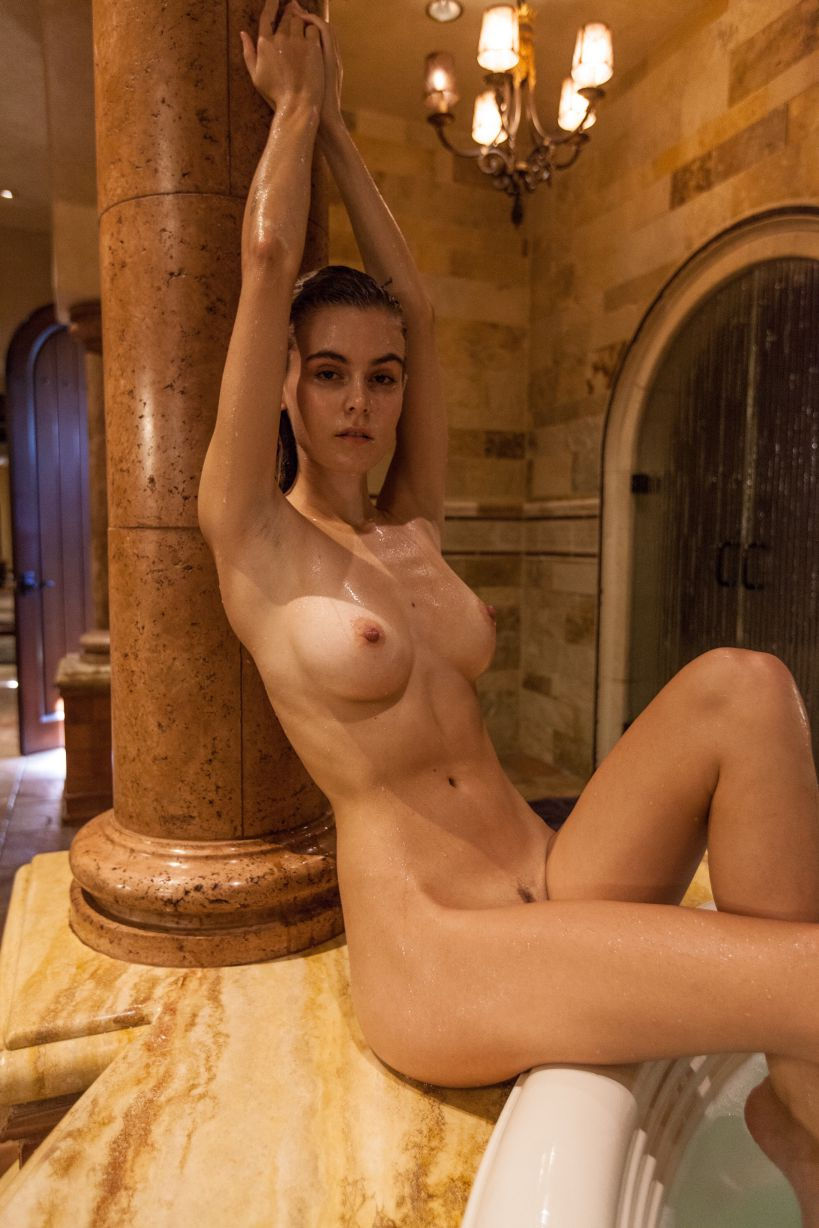 Amber Leigh West Naked photo 20