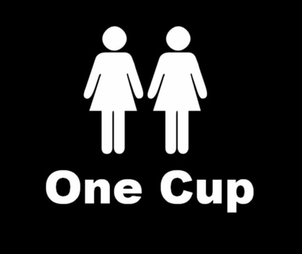 2 Girls 1 Cup Video photo 8