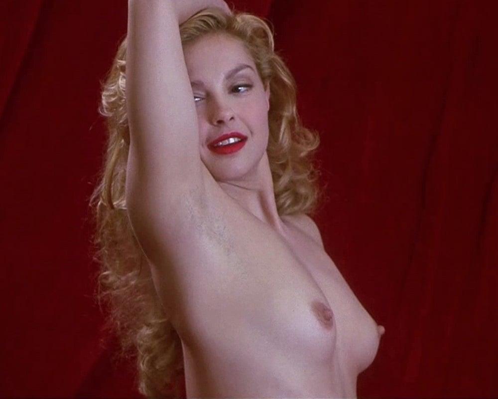 Ashley Judds Tits photo 3