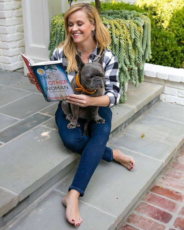 Reese Witherspoon Soles photo 6