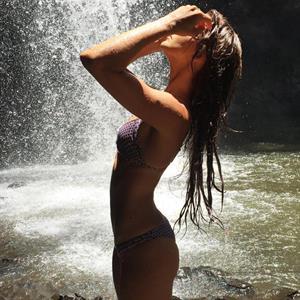Dani Bonnor Nude photo 17