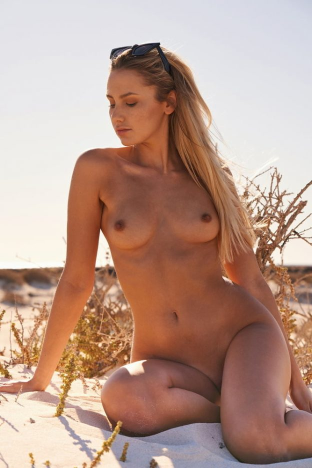 Jessica Anderson Naked photo 11