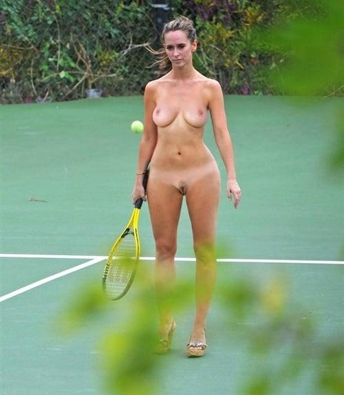 Did Jennifer Love Hewitt Pose Nude photo 17