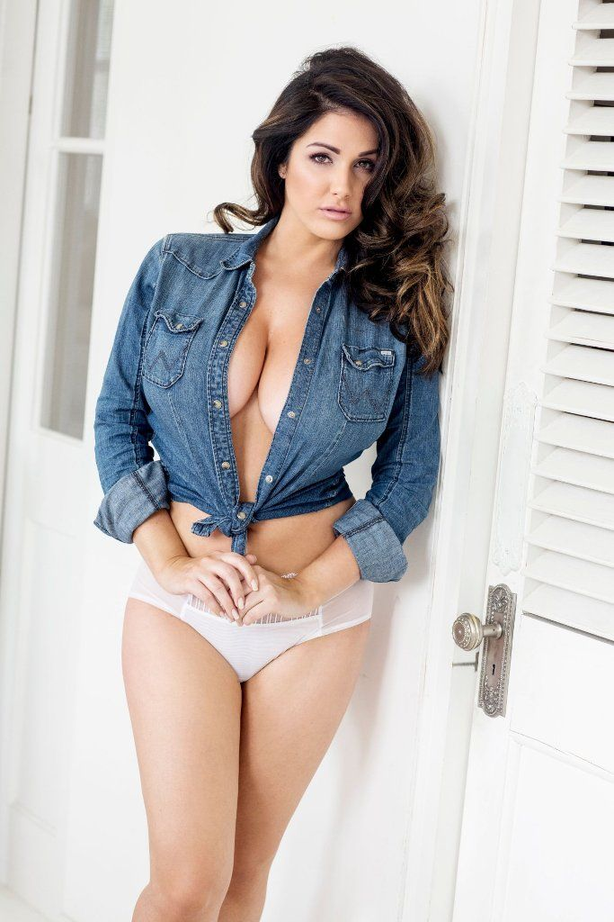 Lucy Pinder 2017 photo 29