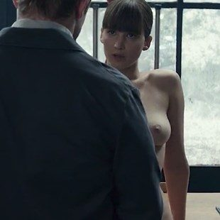 Jennifer Lawrence Tits In Mother photo 24