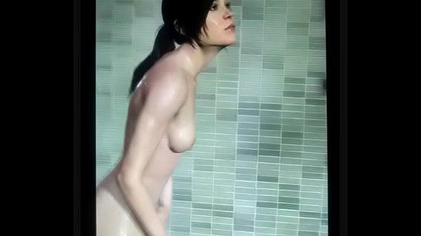 Ellen Paige Tits photo 9