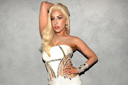 Lady Gaga Sexy Video photo 6