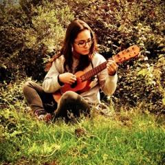 Mitzi Mabel Cadena photo 2