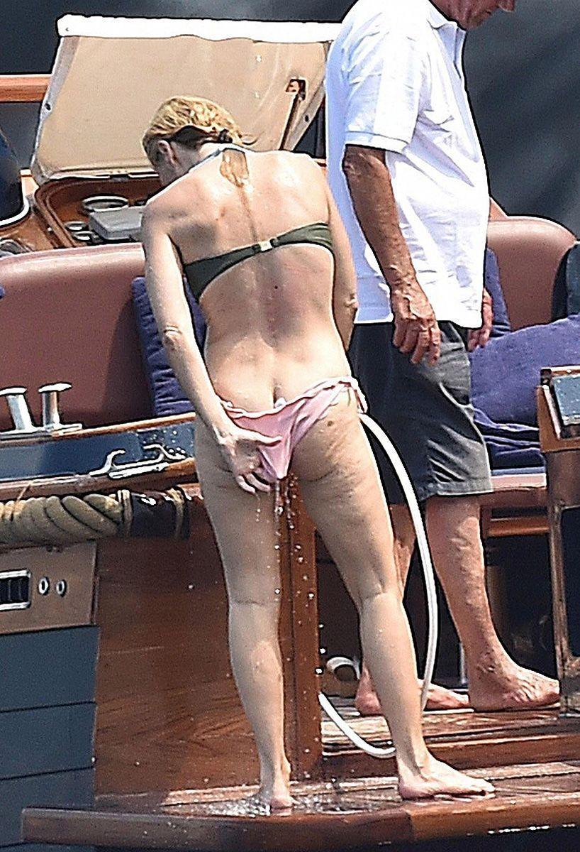 Gillian Anderson Real Nude photo 7