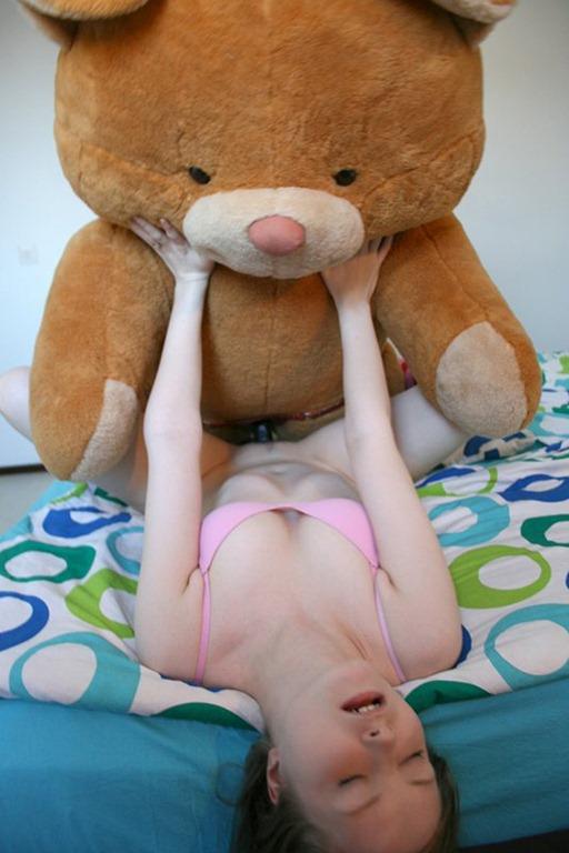 Girl Fucking Teddy Bear photo 20