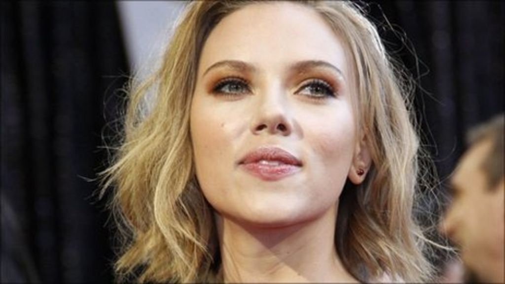Has Scarlett Johansson Been Naked photo 1