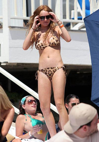 Hot Lindsay Lohan Pics photo 10