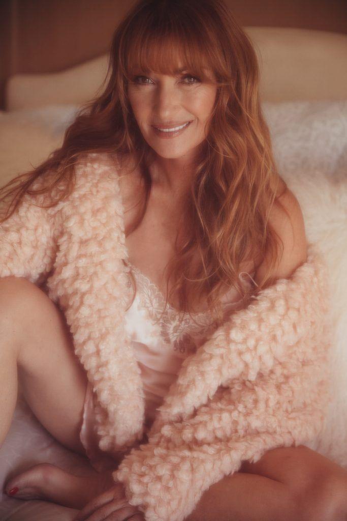 Jane Seymour Naked Pics photo 4