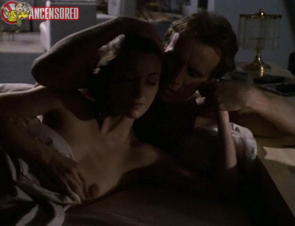 Jane Seymour Naked Pics photo 21