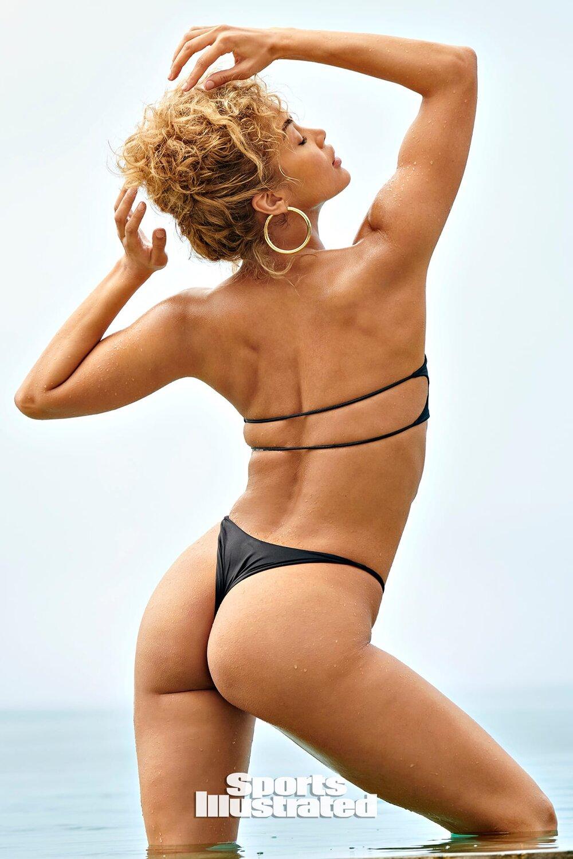 Jasmine Sanders Hot photo 4