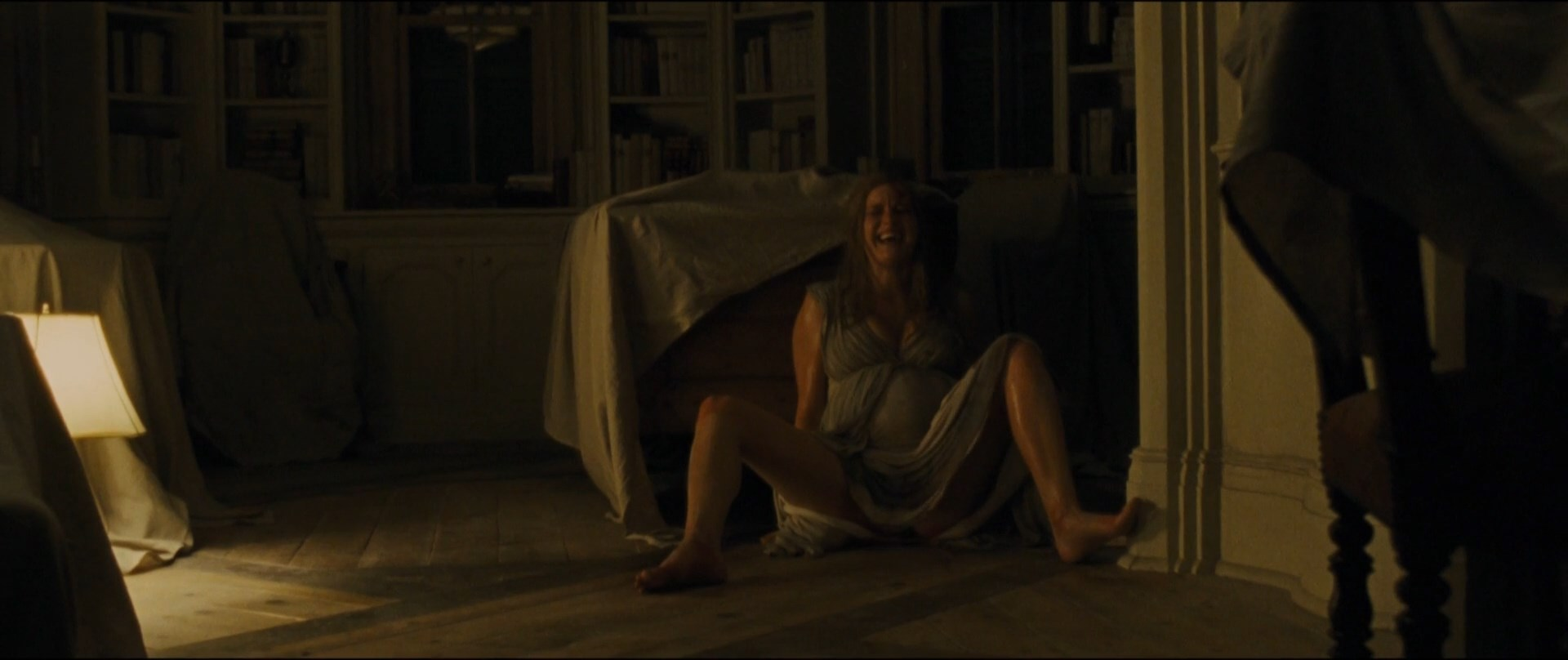 Jennifer Lawrence Tits In Mother photo 14