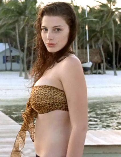 Jessica Pare Bikini photo 16