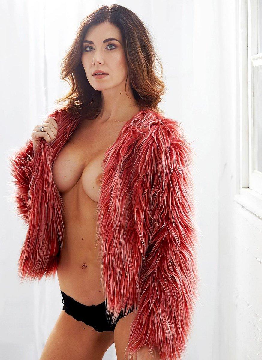 Jewel Staite Sex Scenes photo 14
