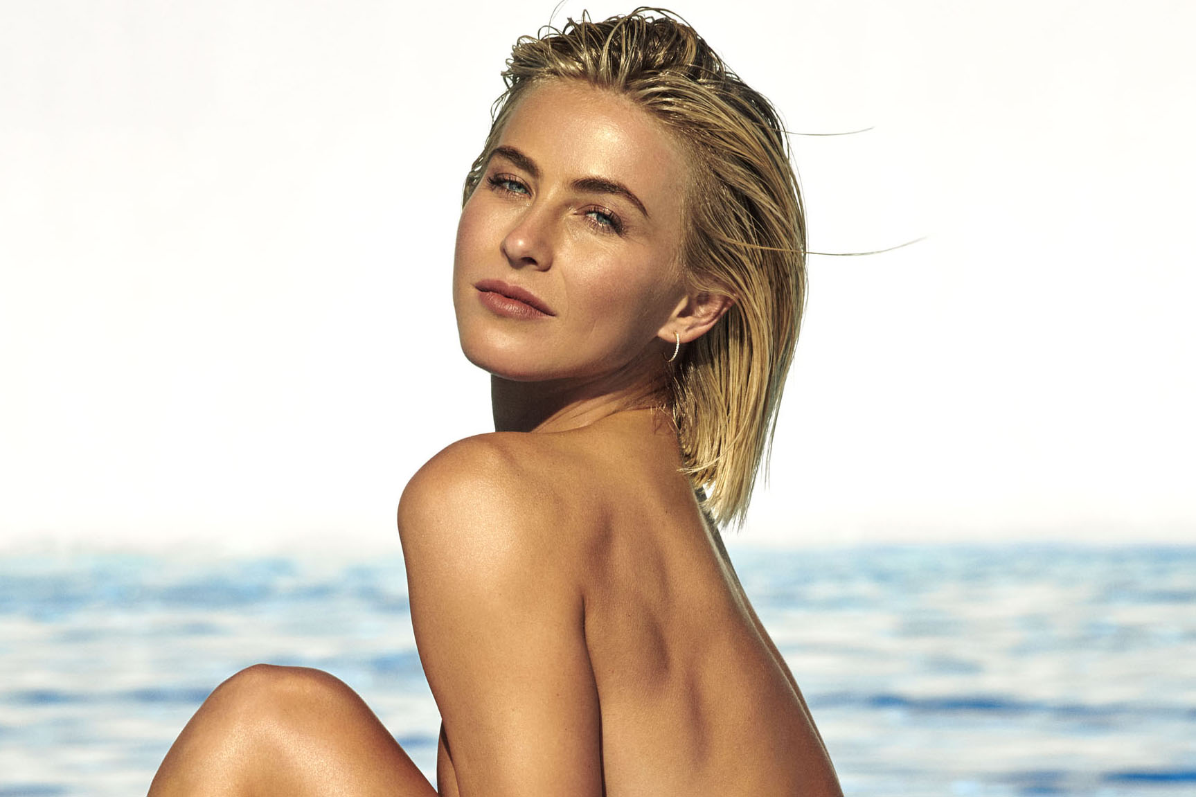Julianne Hough Topless Instagram photo 25