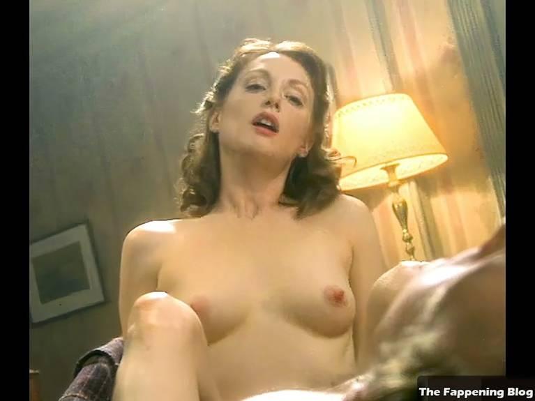 Julianne Moore Fappening photo 1