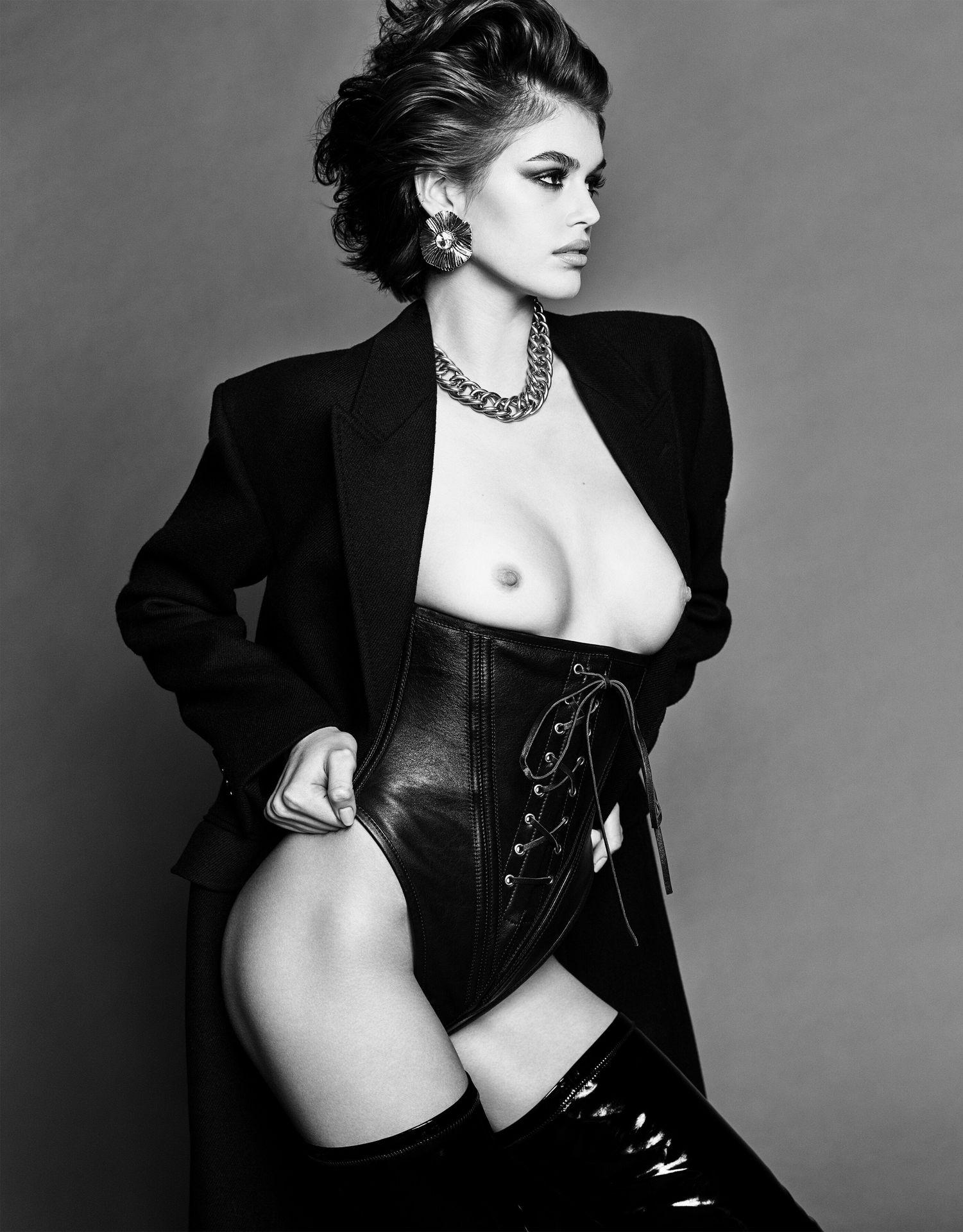 Kaia Gerber Tits photo 27