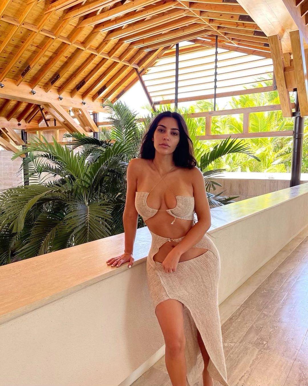 Kim Ks Tits photo 15