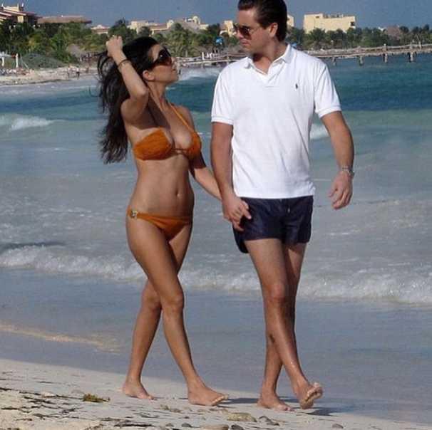 Kourtney Kardashian Sex Photos photo 5
