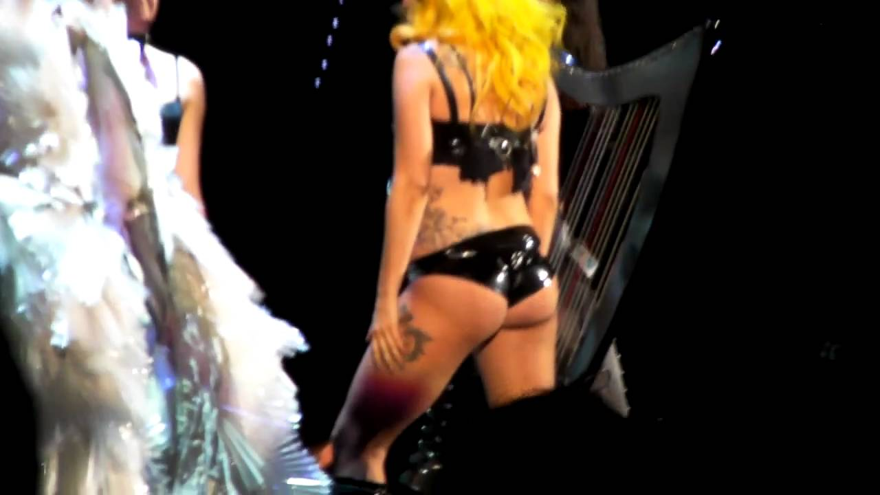 Lady Gaga Ass Pics photo 29