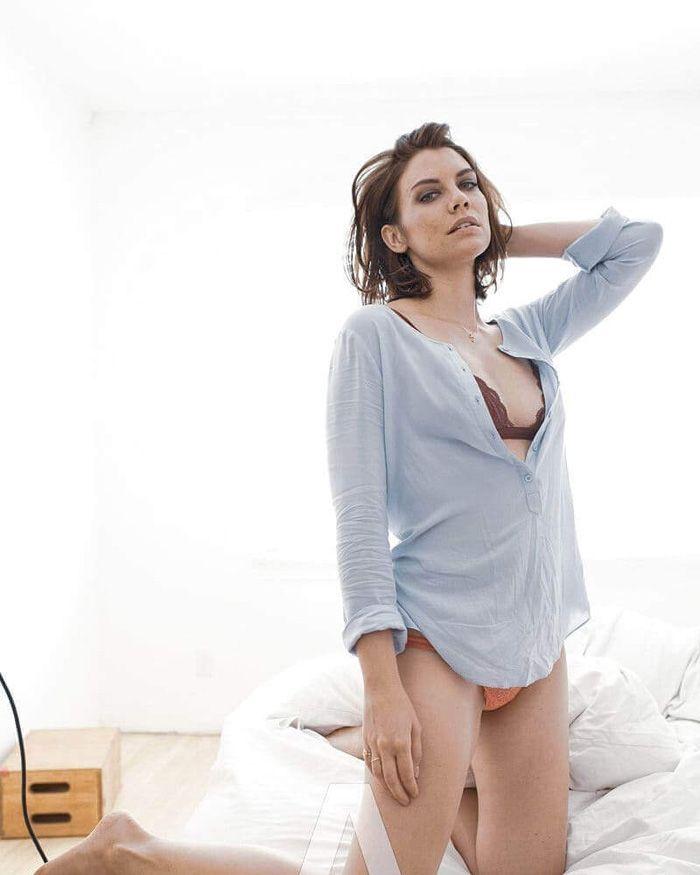 Lauren Cohan Hot Photoshoot photo 16