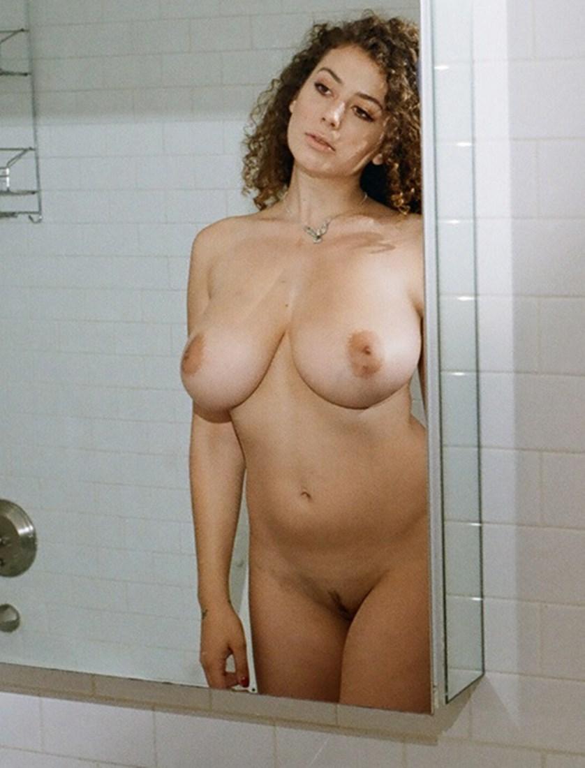 Leila Lowfire Naked photo 29