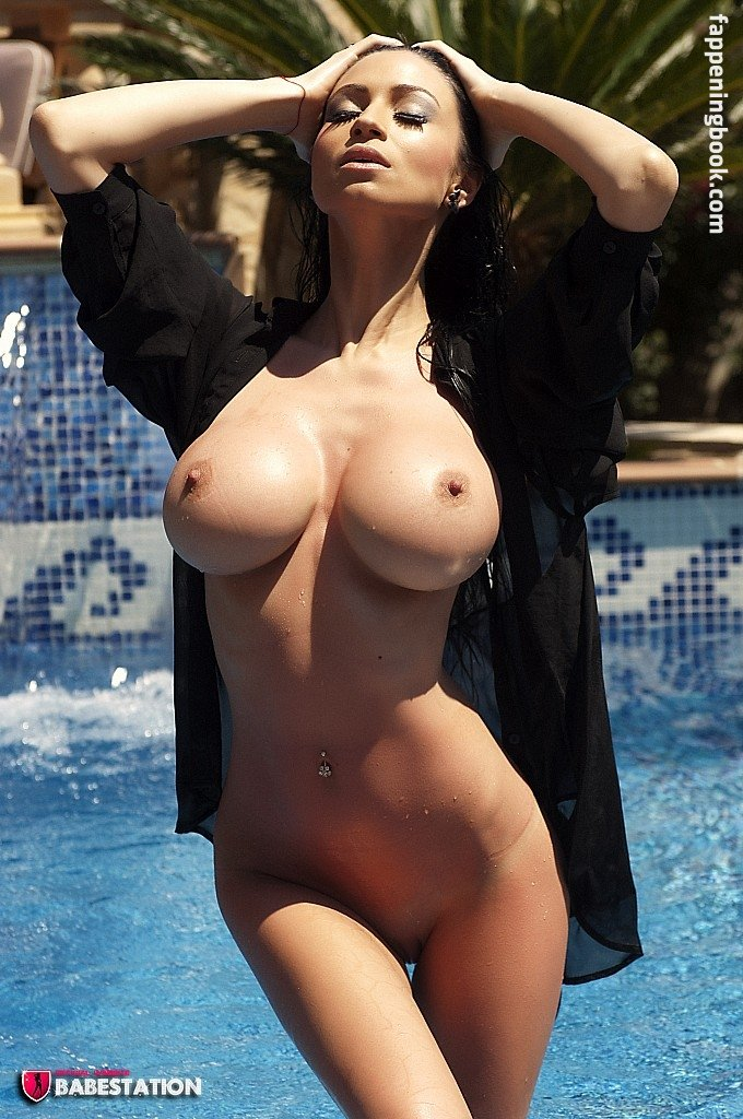 Lilly Roma Nude photo 30