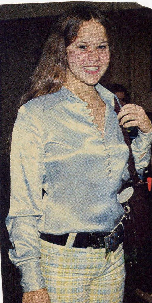 Linda Blair Smoking photo 8