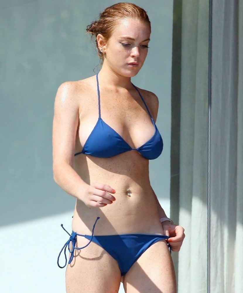 Lindsay Lohan Naked Video photo 29