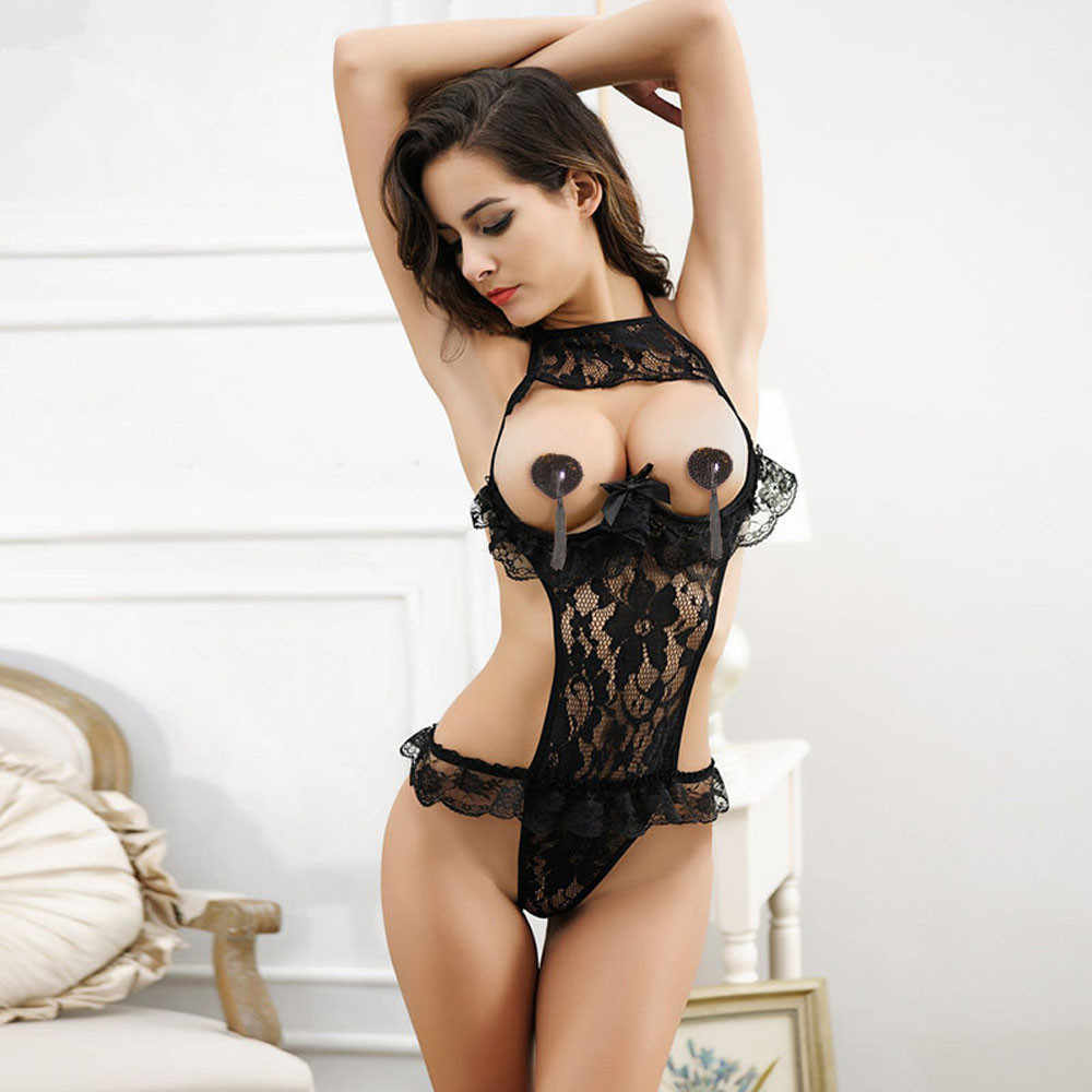 Lingerie Topless photo 3