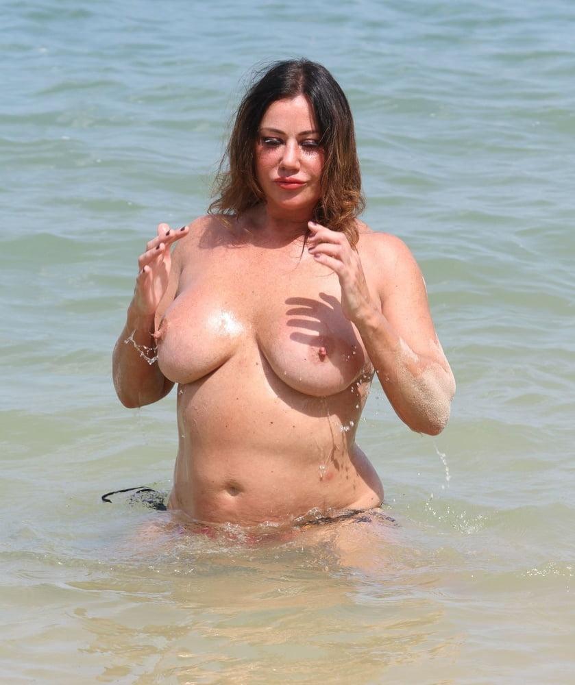 Lisa Appleton Topless photo 12