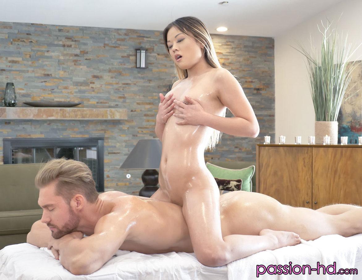 Lulu Chu Sex photo 7